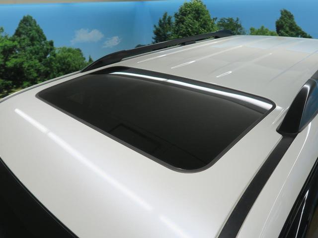 TX Lパッケージ 7人乗り ブラック内装 サンルーフ ルーフレール OP19インチAW 純正9インチSDナビ LEDヘッド レーダークルーズコントロール パワーシート シートベンチレーション 革巻きステアリング 禁煙車(4枚目)