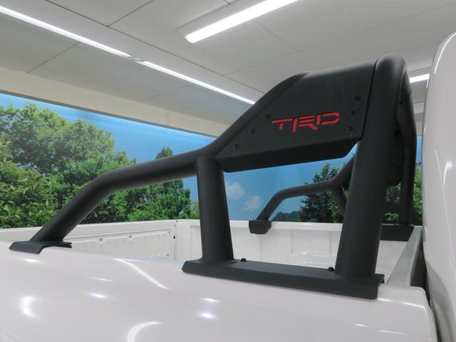 Z ブラックラリーエディション 純正7型ナビ バックカメラ TRDスポーツバー クルーズコントロール LEDヘッド セーフティーセンス 専用18インチAW  フロントフォグ 特別仕様車 禁煙 フルセグTV ETC ディーゼル(10枚目)