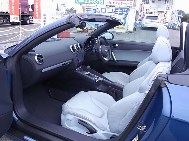 「アウディ」「アウディ TTロードスター」「オープンカー」「宮崎県」の中古車18
