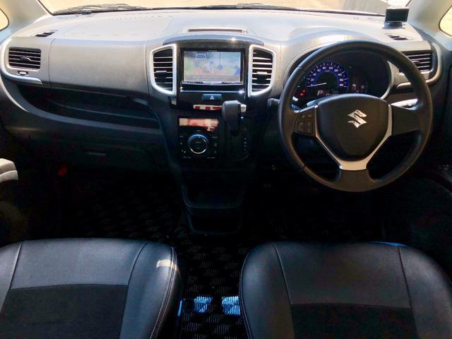 ブラック&ホワイトII-DJE ナビTV バックカメラ Bluetooth ドラレコ 両側電動スライドドア 純正アルミ 5人乗り HIDヘッドライト フォグランプ ハーフレザーシート 2年車検整備付 シートヒーター フルフラット(3枚目)