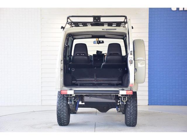 ランドベンチャー three.Mオリジナルカスタム 1型グリル IPFヘッドライト ナックルオーバーホール済 純正カスタムルーフラック DEENホイール タニグチステップ LEDテール新品 革調シートカバー(9枚目)