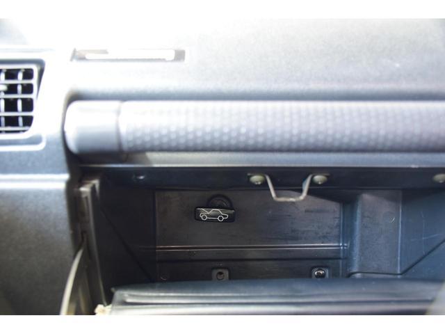 ランドベンチャー three.Mオリジナルカスタム 1型グリル IPFヘッドライト ナックルオーバーホール済 純正カスタムルーフラック DEENホイール タニグチステップ LEDテール新品 革調シートカバー(36枚目)