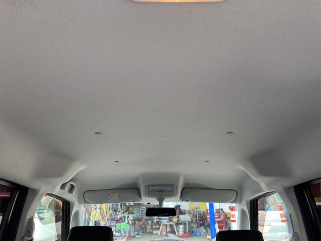 ブラック&ホワイト 両側電動スライドドア Sキー Bカメ オートライト キセノンライト DVD シートH エンジンプッシュスタート(11枚目)