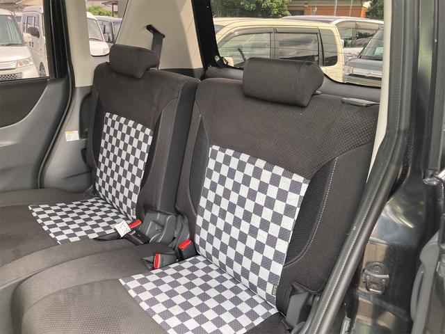 ブラック&ホワイト 両側電動スライドドア Sキー Bカメ オートライト キセノンライト DVD シートH エンジンプッシュスタート(24枚目)