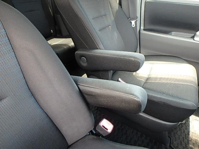 トヨタ ヴォクシー ZS HDDナビ バックカメラ パワースライドドア HID