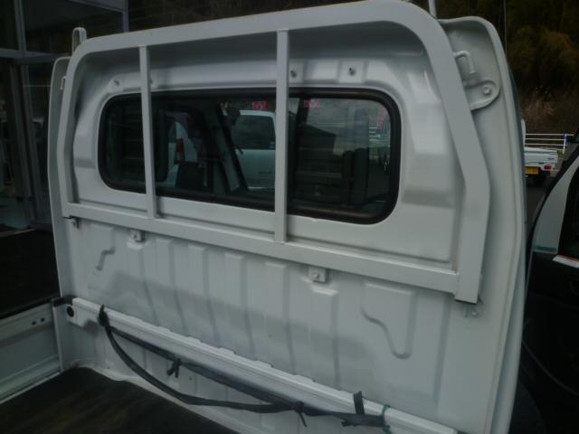 KC 4WD 5速マニュアル エアコン 荷台マット グー鑑定(10枚目)