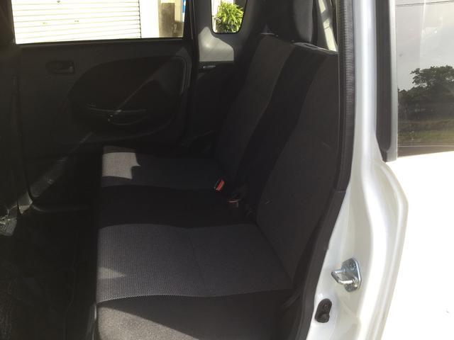 カスタム Rリミテッド 5MT インタークーラーターボ 4WD ララパーム14インチ社外 タイヤ新品装着渡し オーディオ取付渡し(23枚目)