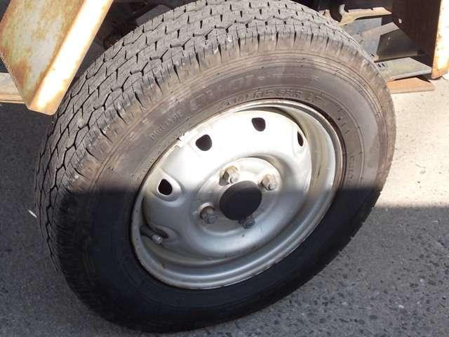 スズキ キャリイトラック 4WD ダンプ エアコン 5速