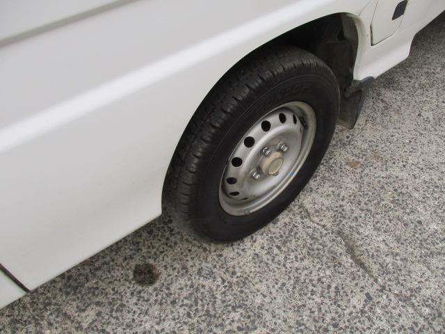 ご購入後の車検や整備、板金塗装などもオートスポットバーディーにお任せください。展示場と別に整備工場がございますので整備面も安心頂けます。