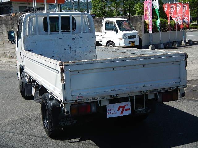2.0t平ボデートラック 木製板張り 5速ミッション(7枚目)
