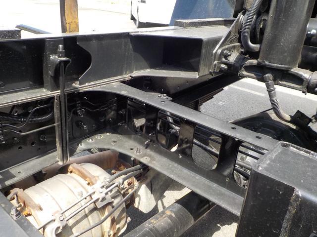 4tダンプ6速MT3ペダル 積載量3900kg 新明和(19枚目)