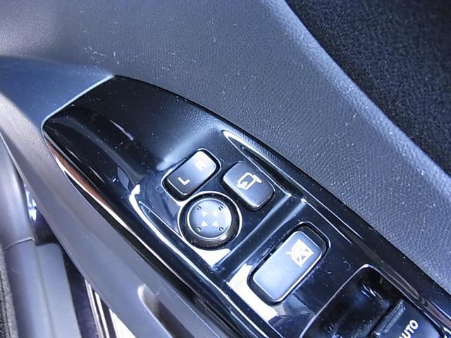 リミテッドII ワンオーナー車 両側電動ドア SDナビ地デジ(16枚目)