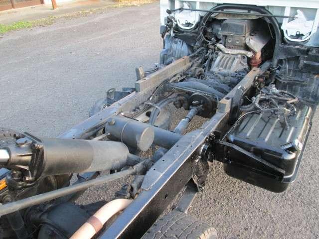 全低床ダンプSA ディーゼル 5速車 メッキバンパー 2t(18枚目)