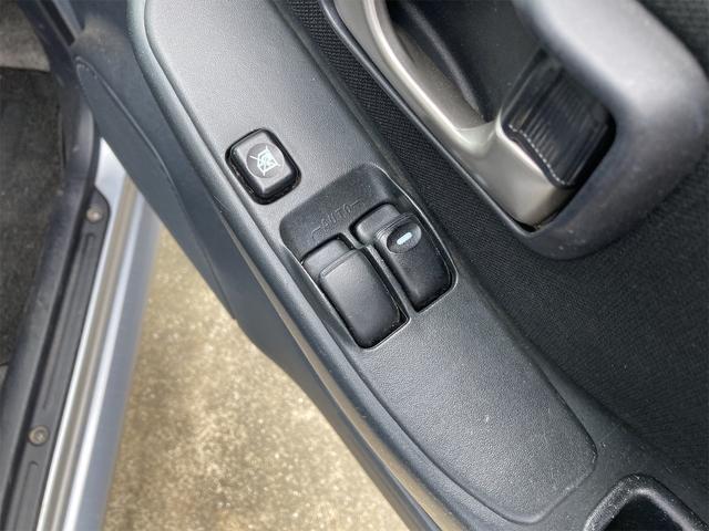 RX 4WD 純正15インチアルミ 背面タイヤ キーレス CDデッキ 電動格納ドアミラー ABS Wエアバック(10枚目)