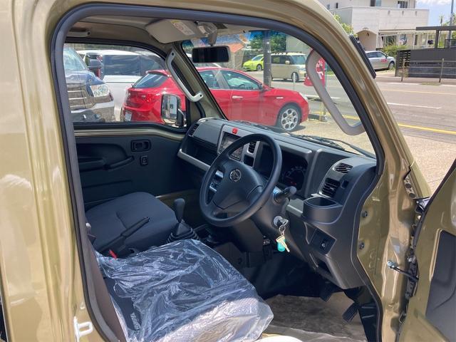 ジャンボ 届出済未使用車 4WD 三方開 HARD CARGO製キャリア 14インチアルミ 5速ミッション パワーウィンド エアコン パワステ LEDヘッドライト(29枚目)