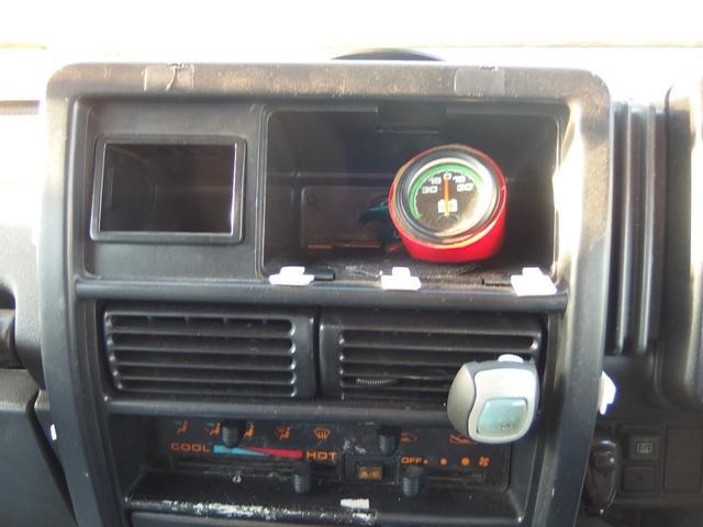 4WD 16インチAW 車検整備付き 5速マニュアル車(9枚目)