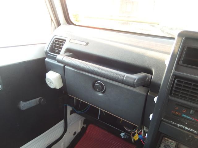 4WD 16インチAW 車検整備付き 5速マニュアル車(12枚目)