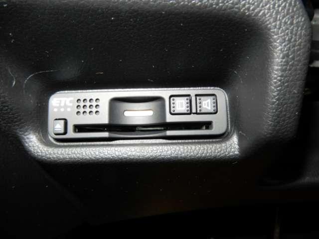 13G・L ホンダセンシング 衝突被害軽減ブレーキサポート 試乗車 禁煙車 メモリーナビ バックカメラ フルセグTV クルーズコントロール LEDヘッドライト(16枚目)