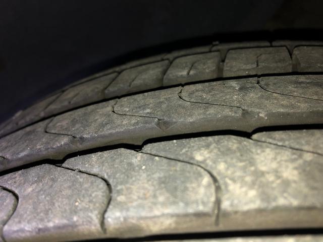 タイヤの山もバッチリです!