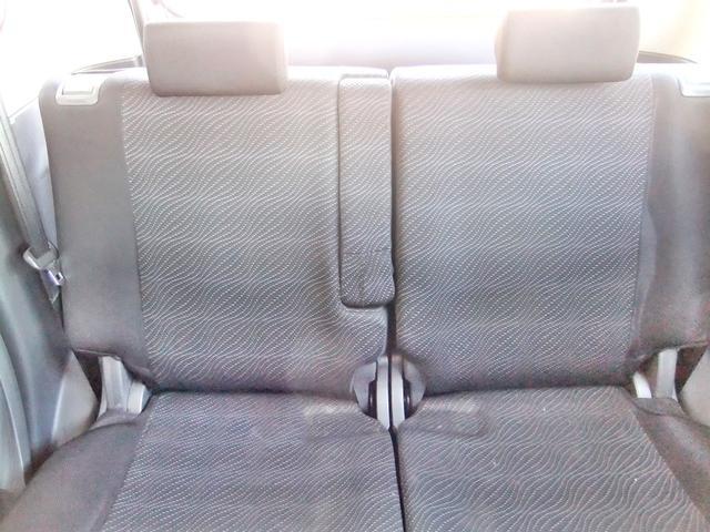 後部座席。ゆったりと座れます。