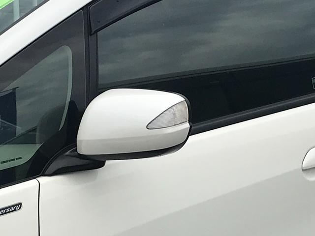 RS・10thアニバーサリー メモリーナビ・ワンセグTV・DVD再生・オートライト・走行距離54727km・車検整備付き・オートマ車・16インチAW(4枚目)