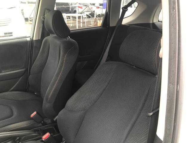 RS・10thアニバーサリー メモリーナビ・ワンセグTV・DVD再生・オートライト・走行距離54727km・車検整備付き・オートマ車・16インチAW(7枚目)