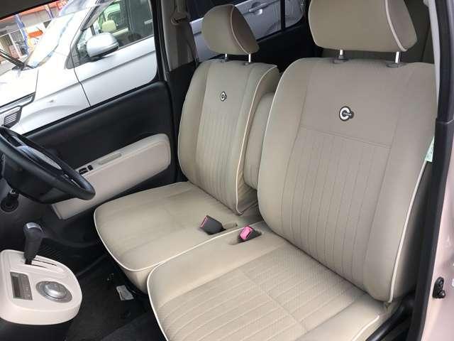 ★運転席は視点が高いので、女性の方も運転がしやすいと思いますよ!★