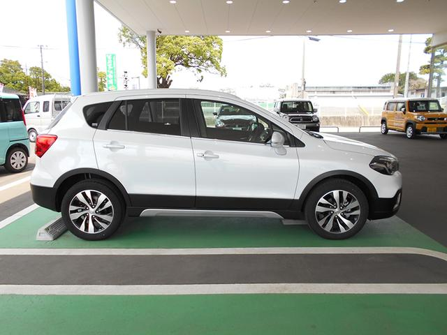 「スズキ」「SX4 Sクロス」「SUV・クロカン」「鹿児島県」の中古車4