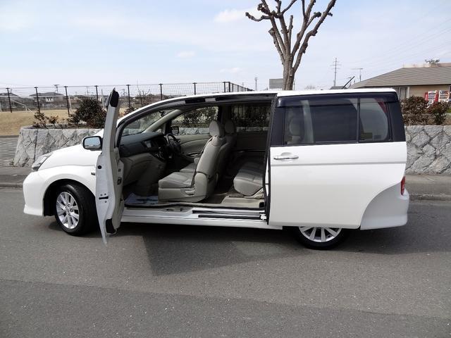 トヨタ アイシス プラタナ 両側パワースライドドア 社外ナビTV バックカメラ