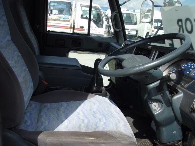 日産ディーゼル 日産ディーゼル UDトラック 4.15tベース 家畜運搬車