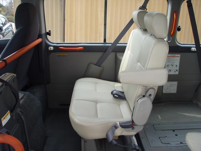 日産 キャラバン チェアキャブ 4WD 車イス移動車 福祉車輌