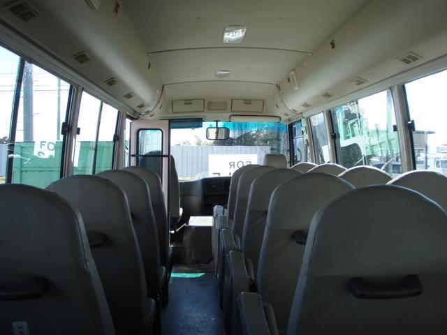 29人乗り 自動扉 ターボ付き 5速マニュアル(14枚目)