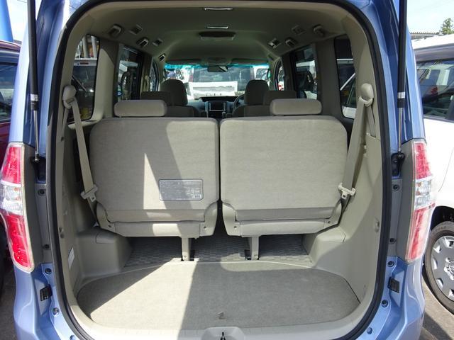 トヨタ ノア X Lセレクション 4WD ナビTV フリップダウンモニター