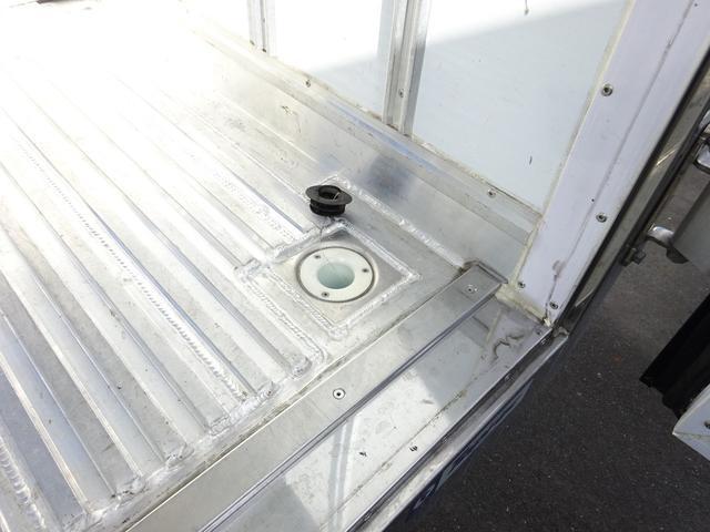 三菱ふそう キャンター 2t 低温冷蔵冷凍車 スタンバイ