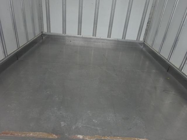 2t 冷蔵冷凍車 2室 バックモニター キーレス(9枚目)