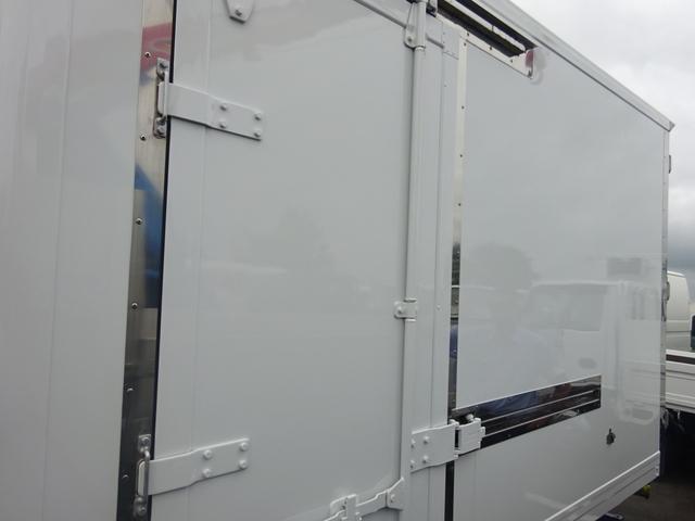 2t 冷蔵冷凍車 2室 バックモニター キーレス(21枚目)