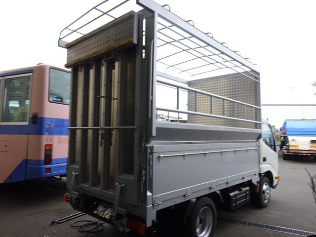 2tベース 家畜運搬車 ターボ ハイグレード キーレス(4枚目)