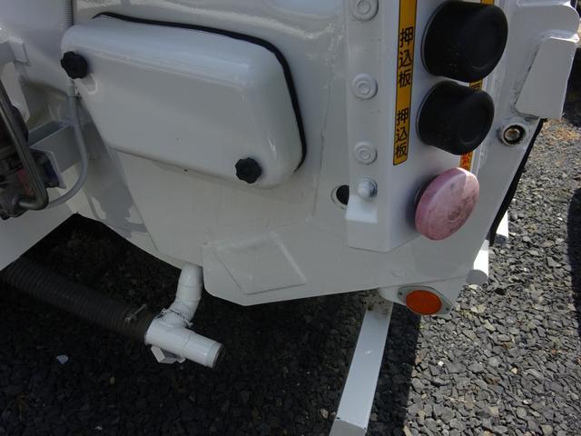 3t 塵芥車 巻込式パッカー車 6.8m3 フジマイティ(7枚目)