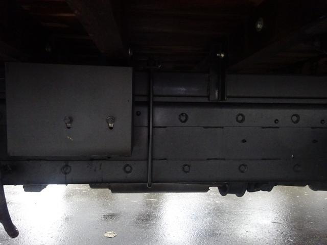 2.7t セルフ重機回送車 タダノ4段ロングジャッキー(18枚目)