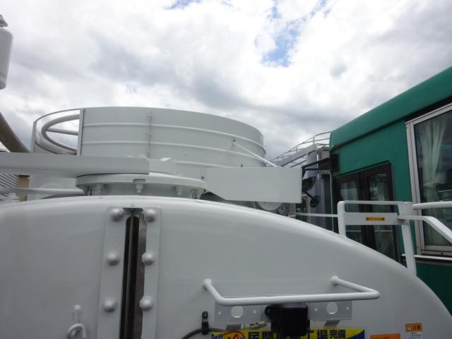 3.7t バキュームカー 衛生車 オートマ モリタエコノス(12枚目)