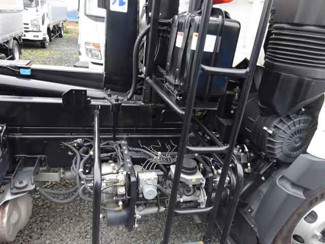 アームロール 3.75t 脱着装置付コンテナ専用車 ターボ 6速マニュアル(10枚目)