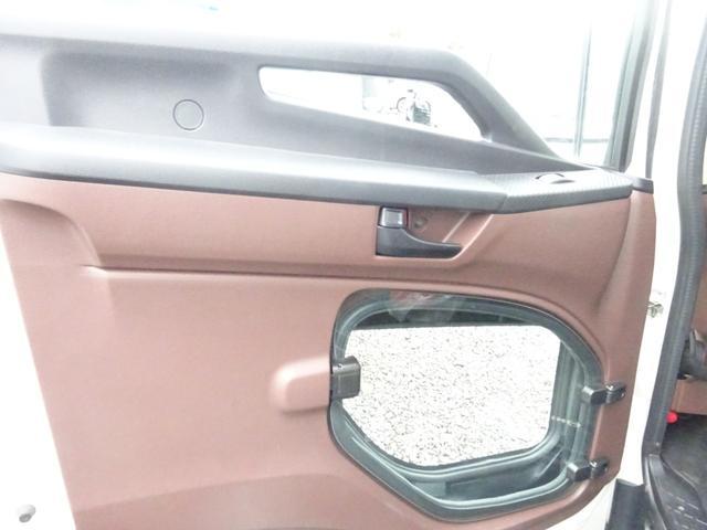 アームロール 3.75t 脱着装置付コンテナ専用車 ターボ 6速マニュアル(25枚目)