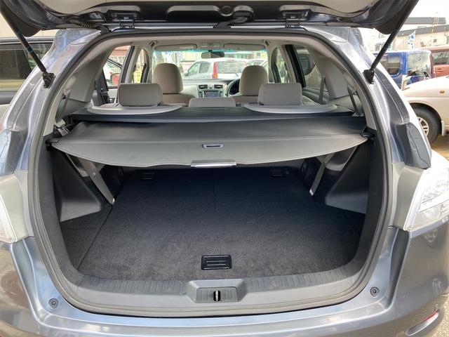 240F 4WD 8ヶ月8000km無料保証付き 純正HDDナビ プッシュスタート CVT ディスチャージドヘッドライト 純正アルミホイール  禁煙 3列シート フルフラットシート ABS ESC エアコン(18枚目)