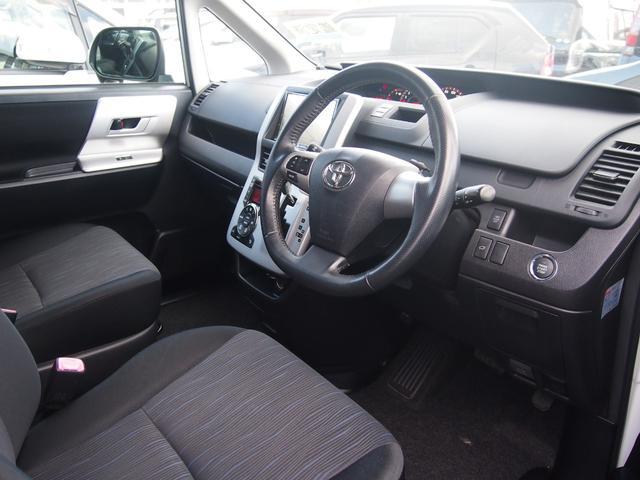 トヨタ ヴォクシー ZS 両側電動 フルエアロ 8型HDDフルセグナビ 鑑定済
