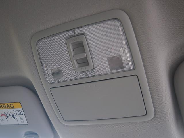 ハイブリッド 純正ナビ フルセグ Bluetooth Bカメ ETC トヨタセーフティセンス ウインカーミラー クルコン 革巻きハンドル 車線逸脱警報 修復歴なし 取説有 保証付き(49枚目)