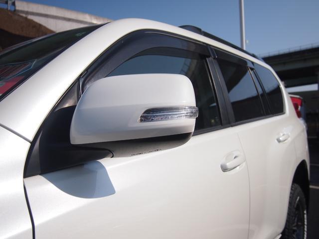 TX 純正ナビ フルセグ Bカメ ETC Bluetooth対応 DVD再生 黒革シートカバー オフロードタイヤ 7人乗り(10枚目)