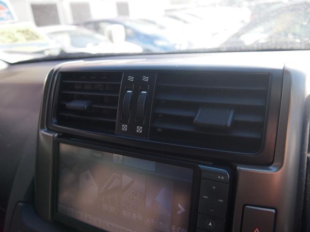 TX 純正ナビ フルセグ Bカメ ETC Bluetooth対応 DVD再生 黒革シートカバー オフロードタイヤ 7人乗り(40枚目)