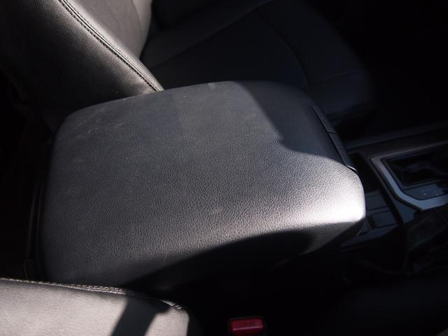 TX 純正ナビ フルセグ Bカメ ETC Bluetooth対応 DVD再生 黒革シートカバー オフロードタイヤ 7人乗り(48枚目)