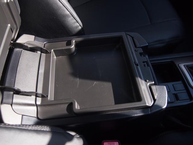 TX 純正ナビ フルセグ Bカメ ETC Bluetooth対応 DVD再生 黒革シートカバー オフロードタイヤ 7人乗り(49枚目)