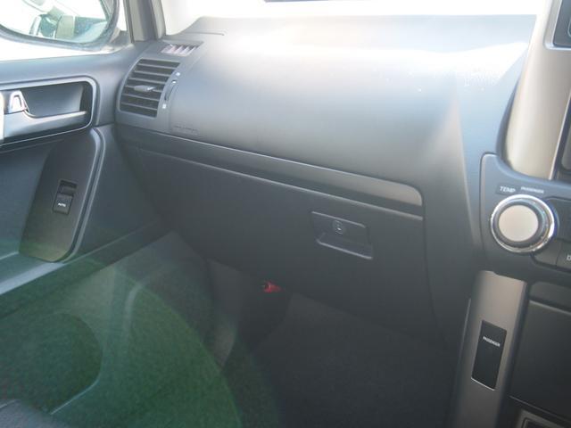TX 純正ナビ フルセグ Bカメ ETC Bluetooth対応 DVD再生 黒革シートカバー オフロードタイヤ 7人乗り(51枚目)